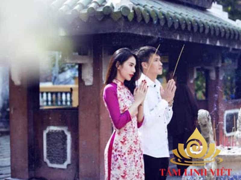 Nghi lễ cúng bái – Một tập tục đẹp của người Việt