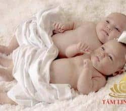 Hướng dẫn từ A – Z cúng đầy tháng cho 2 bé sinh đôi