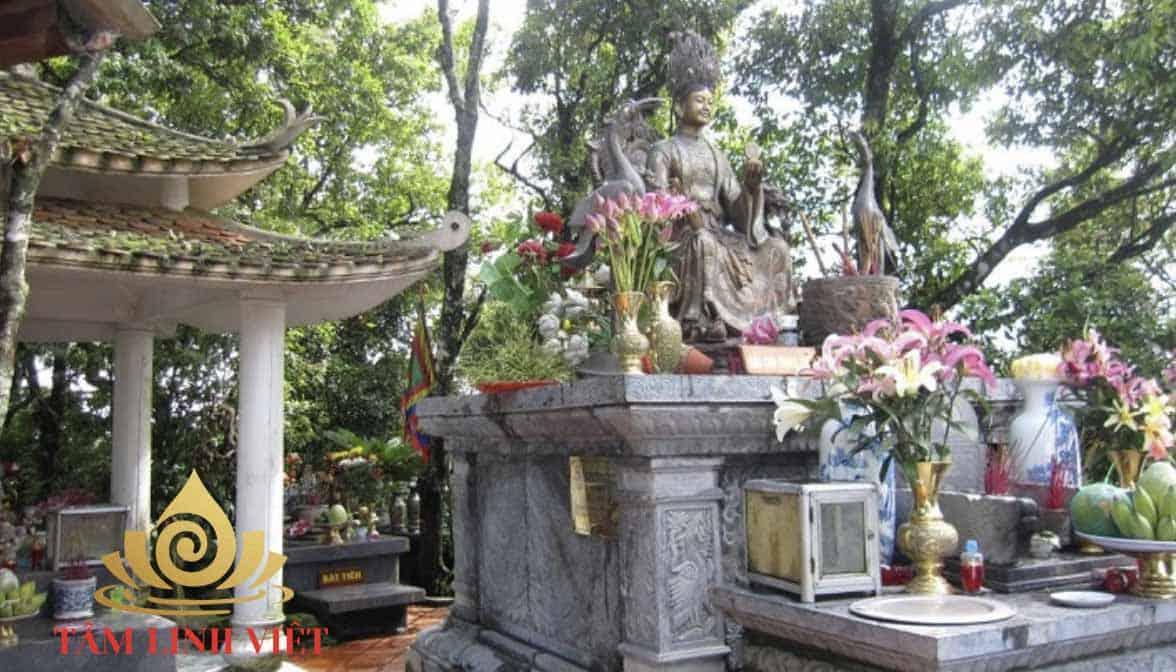 Sự tích và bài văn khấn tại đền thánh Mẫu Cửu Trùng Thiên