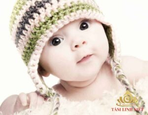 Trẻ sinh năm Mậu Tuất có tính cách thông minh lanh lợi, vận mệnh phú quý, hạnh phúc