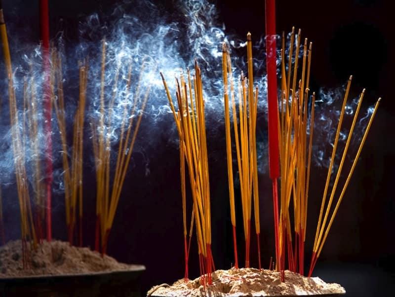Nhang trầm hương có tăm truyền thống