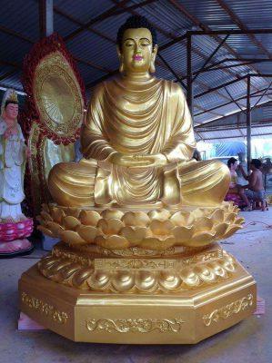 Tượng Phật được nhiều người thỉnh về chưng tại nhà