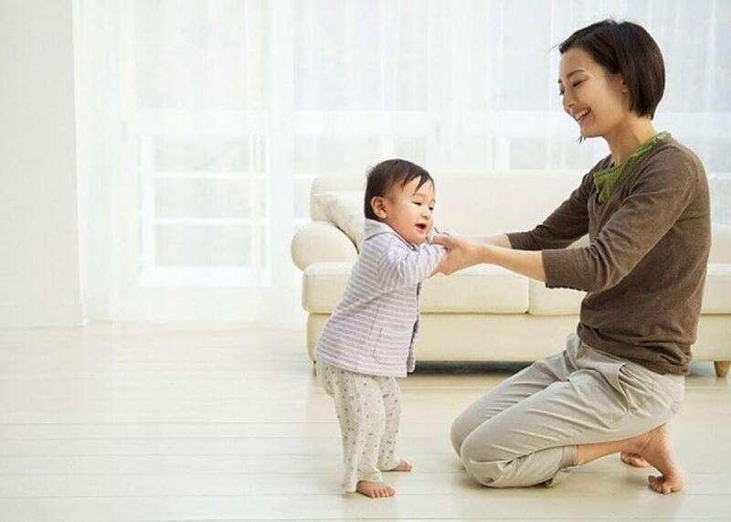 Nếu trẻ hoàn toàn phát triển bình thường thì mẹ không cần lo lắng