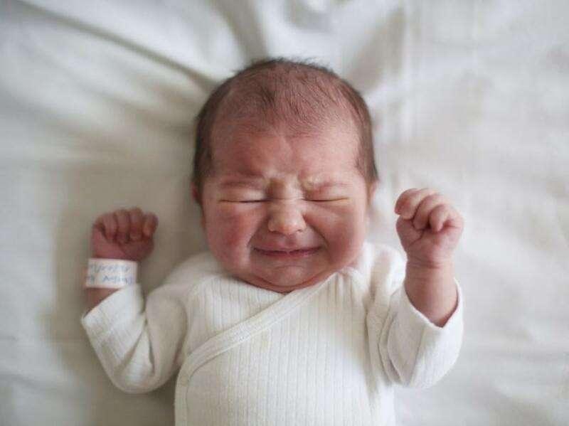 Chàm sữa hoặc khô da mặt là hiện tượng thường gặp ở trẻ nhỏ