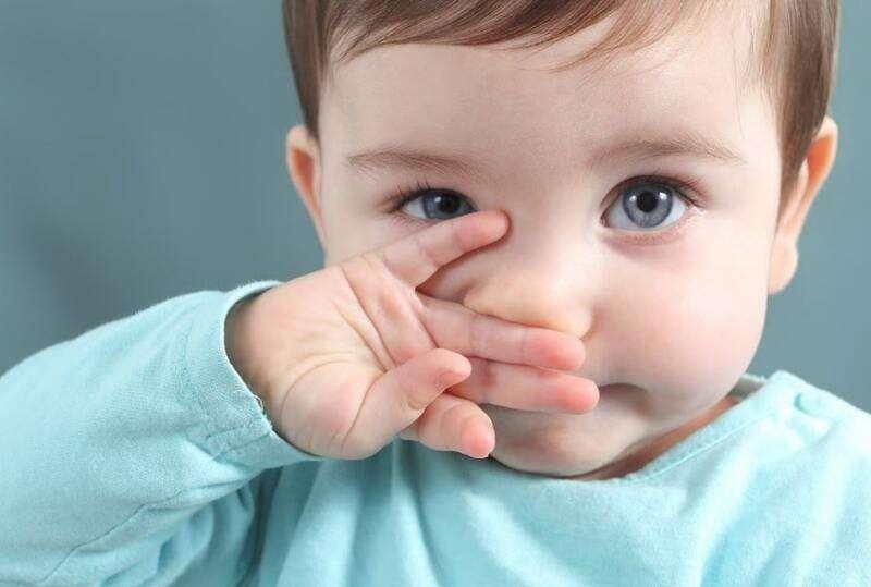 Làm sạch mũi rất cần thiết với bé hay gặp vấn đề về hô hấp