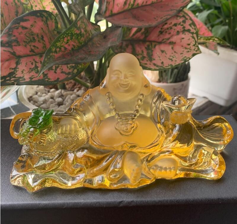 Tượng Phật Di Lặc để xe ô tô bằng lưu ly ngọc