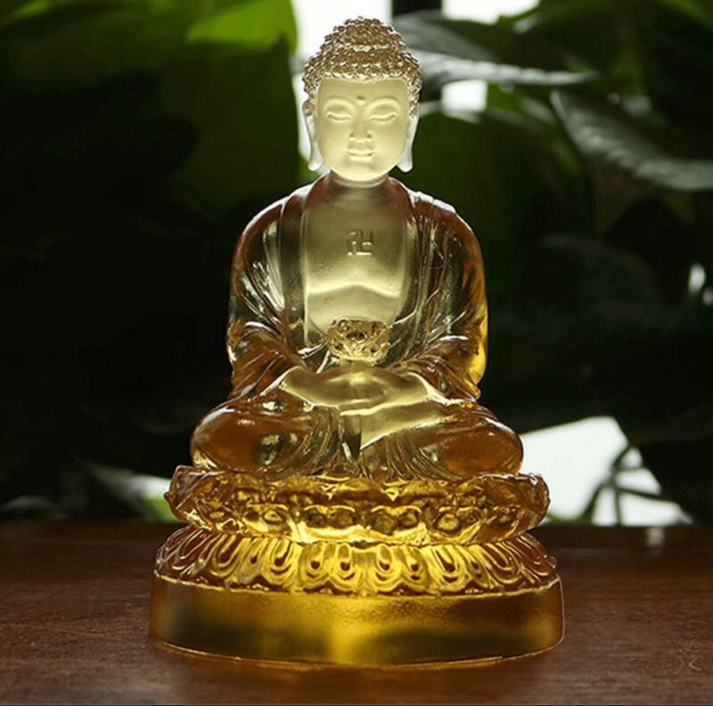 Tượng Phật A Di Đà bằng lưu ly trong