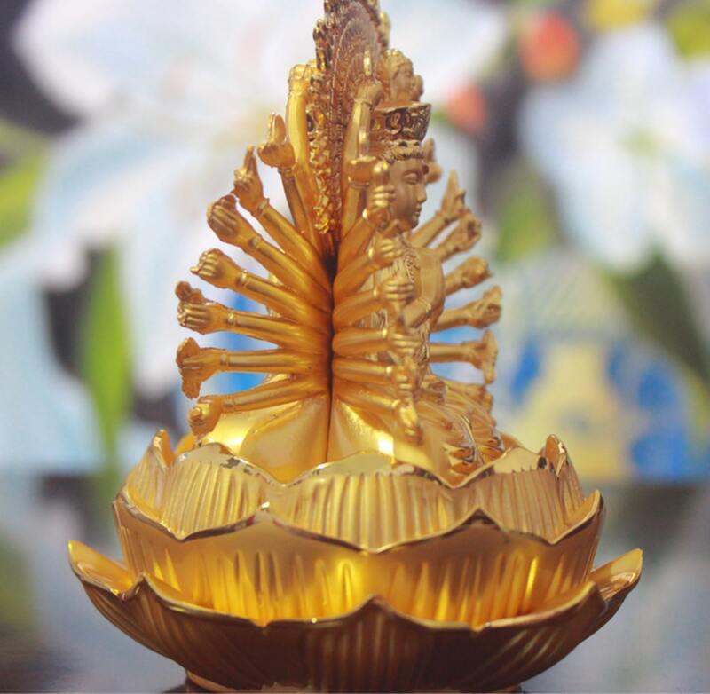 Tượng Phật Thiên Thủ Thiên nhãn có 2 mặt giống nhau