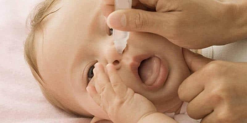 Những dấu hiệu cho thấy phụ huynh cần vỗ rung long đờm cho bé
