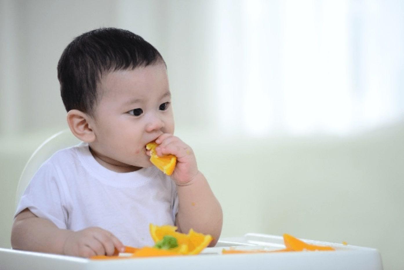 Phương pháp ăn dặm BLW mang đến rất nhiều lợi ích