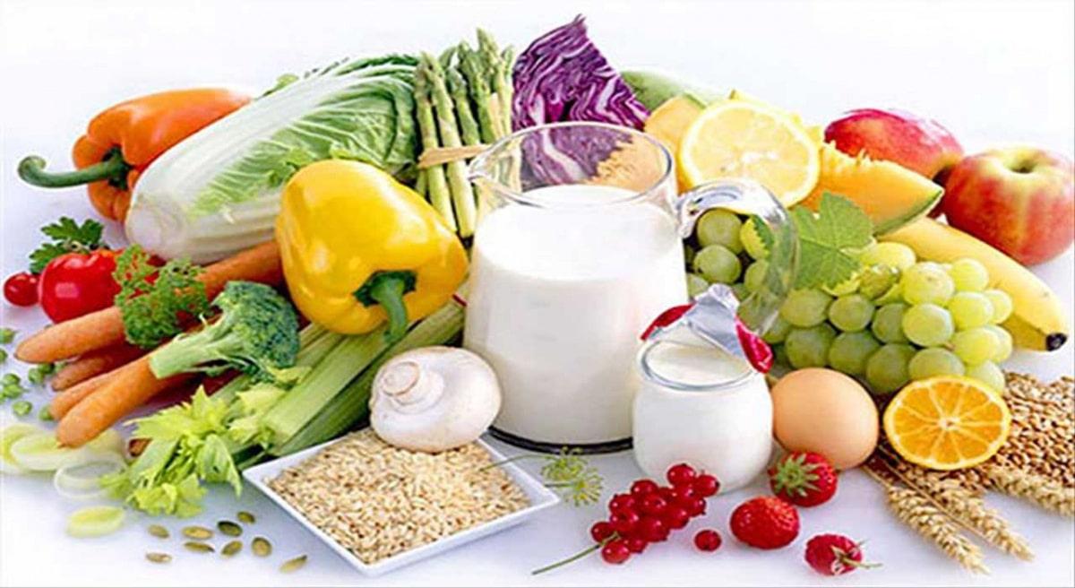 Cố gắng tập cho bé thói quen ăn thực phẩm dinh dưỡng