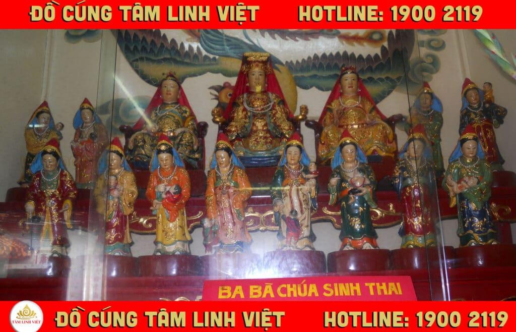 đền thờ 12 bà mụ